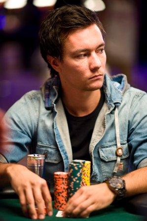 Yngve Steen er verdens beste pokerspiller på nett.
